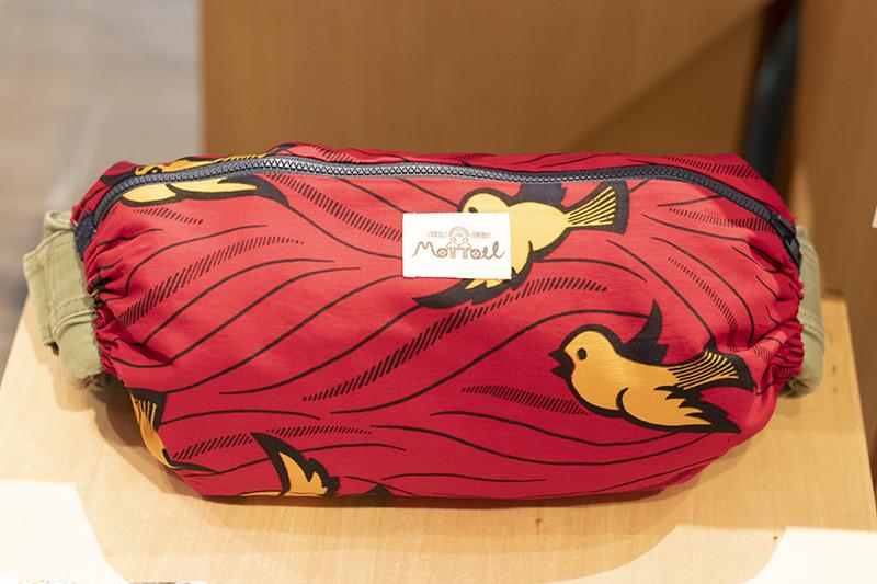 moffou抱っこひもカバーBIRD(RED)